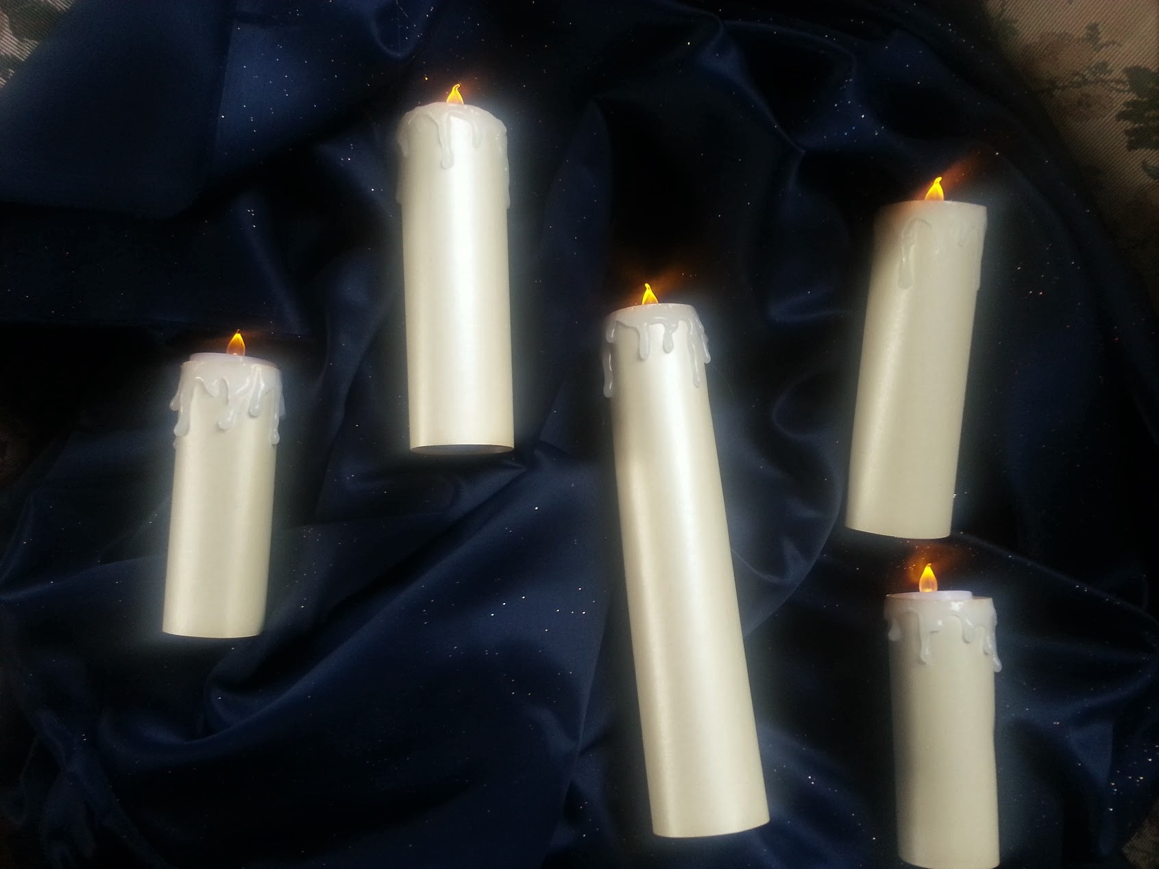 Hogwart S Great Hall Floating Candle Set Crystals And Cogs